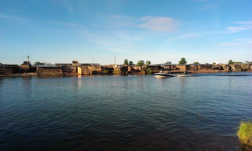 Mongu harbour, Zambia. Photo by Froukje Kruijssen, 2013.