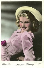 Annie Vernay (Truus, Bob & Jan too!) Tags: cinema france flower film hat fashion vintage french star 1930s dress postcard straw screen 1940s sound blonde actress annie movies colored coloured franais cinma sonore filmstar actrice franaise vernay photostar chapeaudepaille erp annievernay