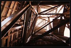 2011-09-24 Interiores Gugenheim 001 (JM Cabado) Tags: museum iron bilbao guggenheim museo bizkaia bilbo acero k7 2011