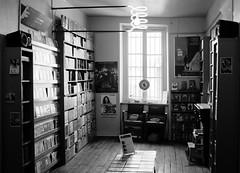Videoclub de la butte (vandicla) Tags: paris vintage montmartre fujifilm videotape videoclub x100s