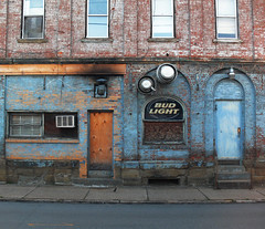 Bud Light (Wade From Oklahoma) Tags: pennsylvania budlight buildingfront connellsville