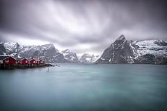 LOFOTEN XVIII (tpealver - www.tomaspenalver.es) Tags: travel blue sea sky seascape beach water boats boat 7d noruega lofoten moskenes