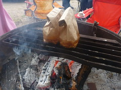 Breakfast-in-a-Bag: Cooking (fordsbasement) Tags: camping breakfast campfire
