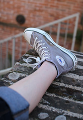 Converse Foot (fofie57) Tags: foot grey gris star shoes basket converse pied calf toile chaussure mollet