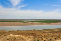 View over the river Amu Darya from Uzbekistan towards Turkmenistan (Frans.Sellies) Tags: img7117 uzbekistan turkmenistan amudarya آمودریا amudaryo амударё amyderýa amu river amuriver 阿姆河 ouzbekistan узбекистан oezbekistan geo:lat=4144895183058737 geo:lon=6114087300390622 geotagged day clouds cloudy sunny