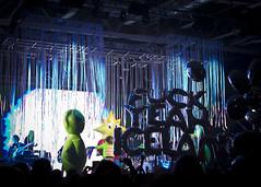 Flaming Lips @ Vodafone Hall (breakbeat) Tags: music hall iceland crazy concert gig reykjavik robots beatles vodafone neo psychedelic flaminglips yoshimi airwaves14 vodafonehall
