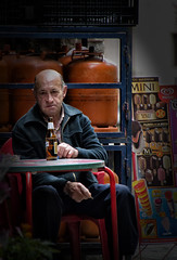 Cerveza (JC Arranz) Tags: barcelona españa bar gente ciudad retrato exterior terraza cerveza aperitivo borredà