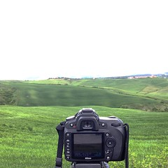 Looking for new shots (Vassili Balocco) Tags: instagramapp square squareformat iphoneography uploaded:by=instagram lookingfornewshots behindthescene nikon tamron campagna country italia italy toscana tuscany outdoor valdorcia sangiovannidasso