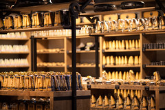 Amsterdam Cheese Store (SergeK ) Tags: amsterdam sergek cheese fromage store magasin yellow bokeh food europe traval explore
