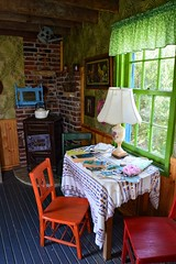 Tiny House Interior by Melissa Fry Beasley (queenbeaphoto@att.net) Tags: tinyhouseinteriorbymelissafrybeasley tinyhouse lowelldavisowner old vintage quaint charming lovely beautiful colors colorful greatspaces bymelissafrybeasley