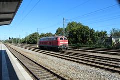 218 424 door Munchen Passing (vos.nathan) Tags: db deutsche bahn munchen passing br 218 baureihe 424