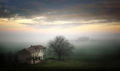 Presenze (Raul-64) Tags: paesaggio landscape casa campagna nikon bassapadovana veneto italia padova
