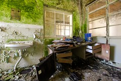 office (Captured Entropy) Tags: urbex lostplace decay abandoned bro moos