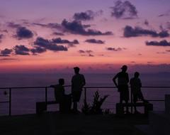 Siluetas (RJimenezR) Tags: instagramapp uploaded:by=instagram puertovallarta jalisco mexico atardecer sunset paisaje siluetas silhouettes cielo sky colorfulsky cielocolorido