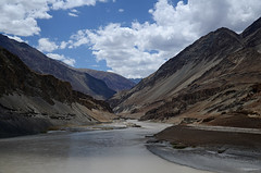 Confluence of Indus and Zanskar rivers (dave beere) Tags: india ladakh buddism buddah monastery gompa