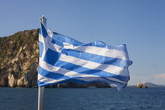 Greece (Marthinefoto) Tags: flag greece zakynthos sea ocean blue mediterranian autumn holiday
