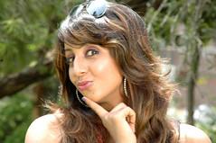 South Actress SANJJANAA Photos Set-7 (2)