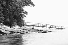 Eternal Maine 04 (smilla4) Tags: dock islands pigandsowisland cascobay maine blackandwhite monochrome