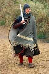 IMG_1161 (leroux.maximilien62) Tags: france frankreich franceville calvados normandie pe schwert sword shield schild bouclier merville mervillefranceville costume