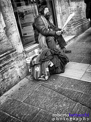 The cornet (Roberto Bettacchi Photography) Tags: street people urban blackwhite homeless streetphotography cornet