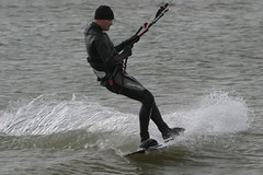 Lepe (Solent) kitesurfer 2 - an exercise in turning! (John (Chichester)) Tags: solent kitesurfer lepe