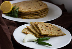 Mooli Paratha | Radish Stuffed Indian Flatbread (HaldiMirch) Tags: breakfast bread vegan indian vegetarian radish parantha entree mooli paratha maincourse eggless moolangi