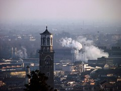 Lamberti's Tower_Verona (Elisa Giovinazzo) Tags: city italy panorama tower architecture italia torre view verona architettura citt lambertitower