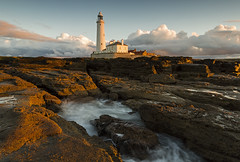 LIGHT (Steve Boote..) Tags: light sunset sea lighthouse seascape coast dusk northumbria northsea coastline tyneside manfrotto whitleybay tyneandwear stmaryslighthouse northeastengland nd4 sigma1020f456exdchsm ndgrads baitisland canoneos7d singhrayfilters koodfilters steveboote nd3reversegrad