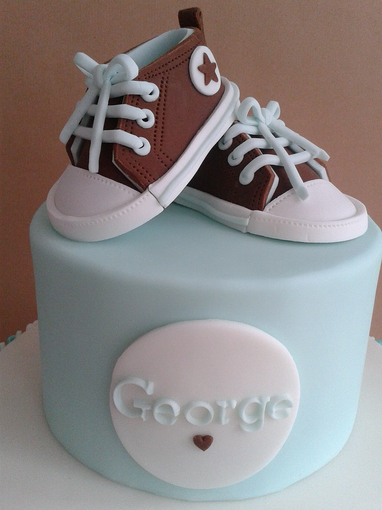 Fondant baby Converse (Julia Hardy Cakes) Tags  boy baby cake shoes sneakers  trainers 21c6eb13b