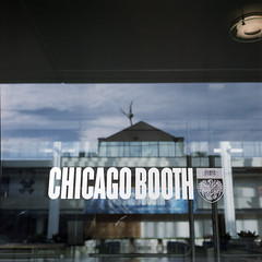 Chicago Booth (Petit Ming) Tags: usa chicago film rolleiflex kodak epson universityofchicago portra schneider 75mm 35f 160nc v700 xenotar silverfast gtx900
