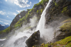 Foroglio Falls (Madrid Pixel) Tags: lens switzerland ticino canonefs1022mmf3545usm cevio canoneos7d