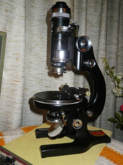 AO Spencer #40 Petrographic Microscope (Frezmicro) Tags: optical american 40 spencer microscope calcite pol polarization petrographic number40