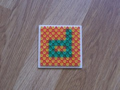 hellocatfood - D (hellocatfood) Tags: animation alphabet hamabeads hellocatfood