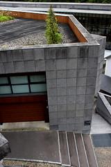SURPLOMB (xavierturlot) Tags: architecture pau aquitaine bearn grey