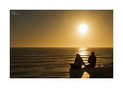 Playeando... (ngel mateo) Tags: ngelmartnmateo ngelmateo playadofarol vilanovademilfontes odemira portugal parquenaturaldelsuroestealentejanoycostavicentina puestadesol atardecer ocaso contraluz pareja mar horizonte sol descanso relax relajacin destello rayosdesol playa verano playeando sunset sea horizon backlit couple relaxation rest sun glint sunshine summer beach