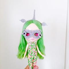 Unicorn set. aveuch@yahoo.com