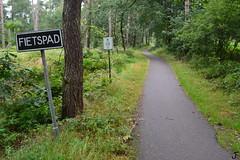 RVV 1966 bord 60 (f O h O) Tags: nederland noordbrabant verkeersbord bord fiets fietspad