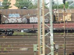 tore drek sirp (northrhine westphalia bench) Tags: graffiti freight freights drek tore