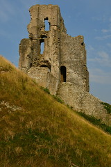 Corfe Castle (chrisbailey993) Tags: happy summer tearooms view dorset aperture 18300 holiday grass bluesky history wonderful ancient ruins membership nationaltrust travel handheld nikkor d500 nikon corfecastle