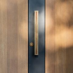 The sun never shines through closed doors (_LABEL_3) Tags: tr architektur architecture door