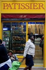 Patissier  Barbes, Paris (danias.lens) Tags: boulangerie yellow africain ptisserie parisiens cartiers paris barbes