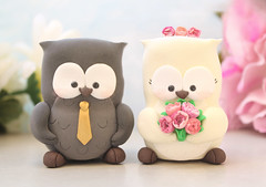 Unique Owl wedding cake toppers ivory gold pink peonies (PassionArte) Tags: owl gufo cake toppers bride groom ivory white tan brown gray grey purple teal green red rainbow names handmade etsy personalized unique cute country rustic funny elegant custom bouquet bridal gift anniversary gold pink peonies