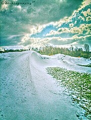 #Snowdunes (Wishtography) Tags: snow winter nature hdr capturedmoment keeplookingtotheskies snowdrift thiscooledit wishdr snowdunes streamzoo