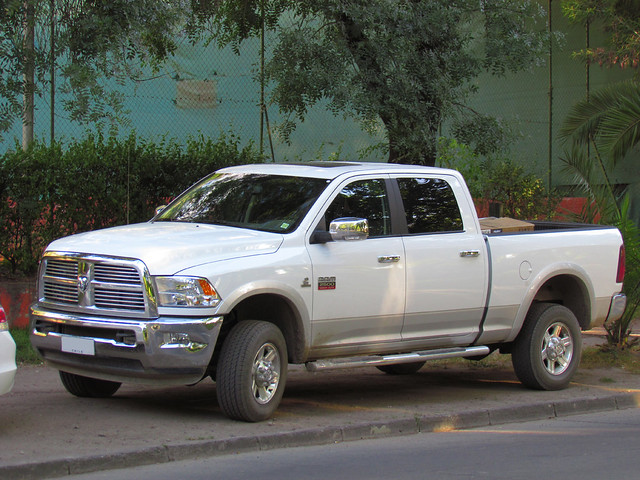 pickup dodge cummins laramie pickuptrucks doublecabin dodgeram crewcab ram2500 dodge2500 dodgeram2500 doblecabina ramheavyduty dodgelaramie ramlaramie