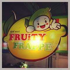 Fruity Frappe มาเที่ยวละมาแวะดื่มน้ำผลไม้ปั่นกันนะครับบบ