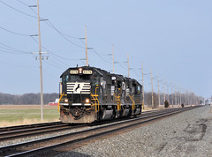NS#6676 WEST NS#61J LIGHT TO NORTHSTAR STEEL SWANTON,OHIO 4-6-13 SATURDAY (penn central 74) Tags: ns 040613 emdsd60 swantonohio ns6676 nschicagoline nsdearborndivision nstrain61j northstarsteel