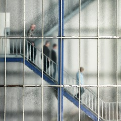 """After Lunch"" (helmet13) Tags: people urban blur stairs lunch office time silhouettes menschen treppe staircase stadt hungry persons bro unscharf lunchroom mittagessen lattice kantine frostedglass treppenhaus aoi ild 100faves milchglas untz leicadlux3 peaceaward world100f bestcapturesaoi"