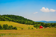 Red Barn (Images by April) Tags: america canon countryside pennsylvania country redbarn 550d t2i