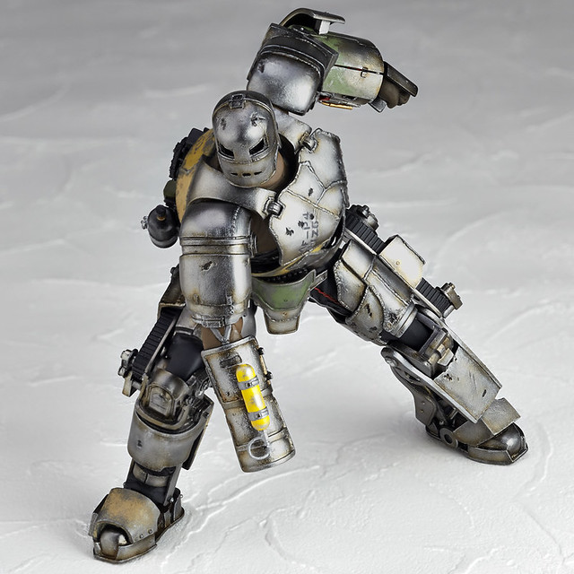 海洋堂 – 特攝revoltech 045:鋼鐵人馬克1