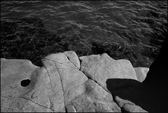 Basalt and water, Lake Superior (Richard C. Johnson: AKA fishwrapcomix) Tags: blackandwhite bw fuji fujifilm 18mm xpro1
